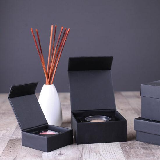 Pudełko na zamówienie z magnesem